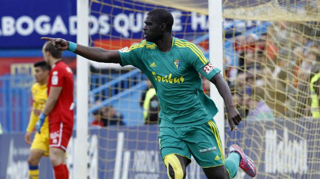 Sankaré celebra su gol ante el Alcorcón
