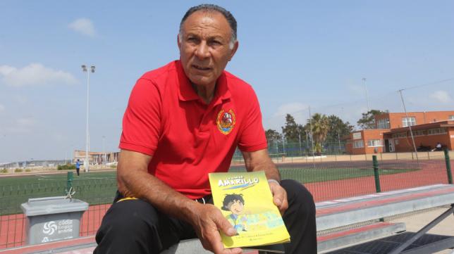 Paco Baena, protagonista del cómic 'La vida en amarillo'.