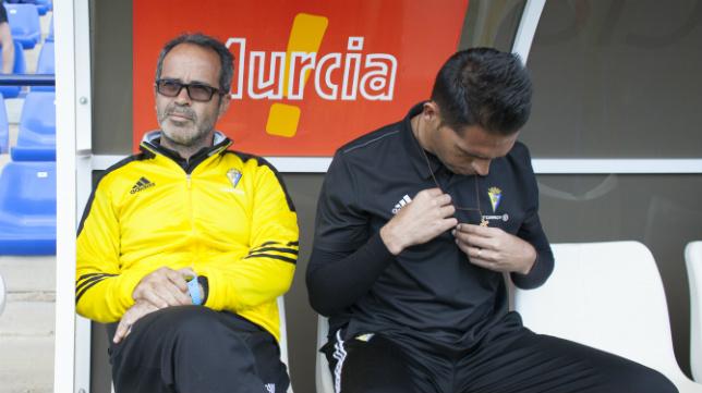 Álvaro Cervera y Roberto Perera, antes del encuentro ante el UCAM.