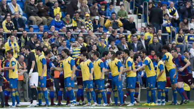 En febrero de 2010, Cádiz CF y Levante se enfrentaron en Carranza con triunfo granota.
