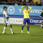 Salvi se lamenta de una ocasión fallada ante el Córdoba.