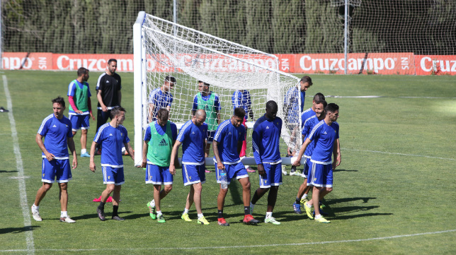 Entrenamiento del Cádiz CF en el Rosal.