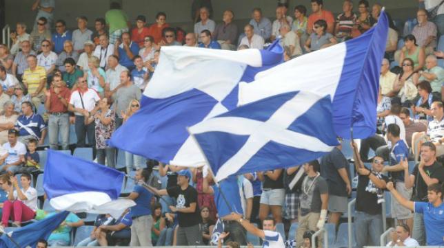 La afición del CD Tenerife es una de las más fieles de la categoría de plata.