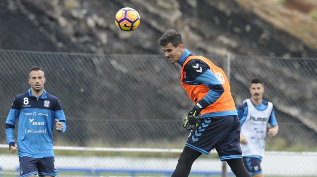 Dani Hernández, en un entrenamiento del Tenerife.