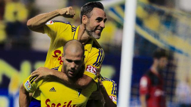 Abel elebra el gol de penalti de Ortuño en la segunda jornada de Liga.