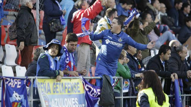 La afición del Getafe disfrutó con su equipo.