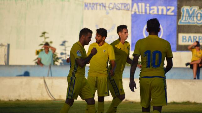 El Cádiz jugó su primer amistoso en Barbate. (Foto: Cádiz CF)