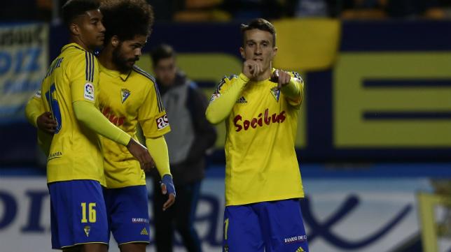 Salvi celebra un gol en Carranza.