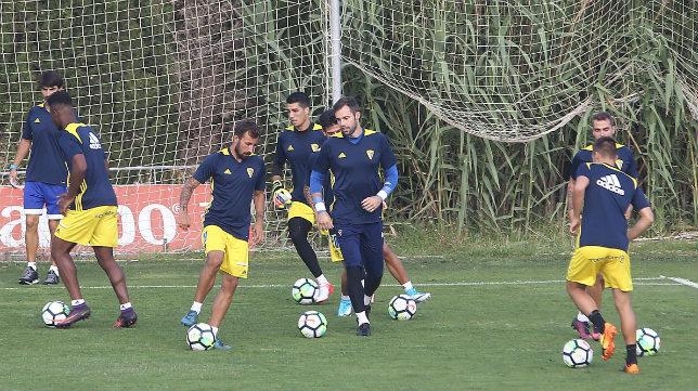 Sesión preparatoria del equipo amarillo durante la pasada semana.