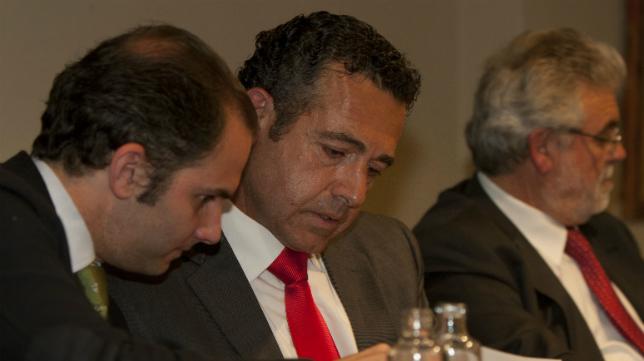 Diego García, en una junta de accionistas del Cádiz CF en la etapa de Sinergy.
