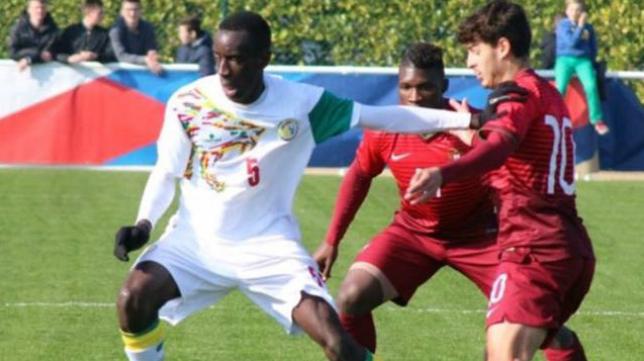 El joven mediocentro senegalés Ousseynou Calvin Diagne.
