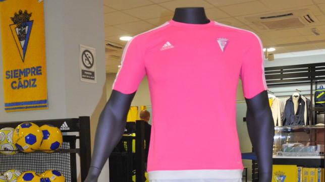 La tercera camiseta del Cádiz CF. Foto: Cádiz CF.