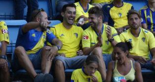 Los aficionados amarillos apoyarán a su equipo ante el Racing.