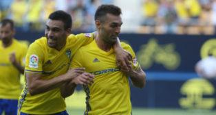 Barral celebra un gol en Carranza
