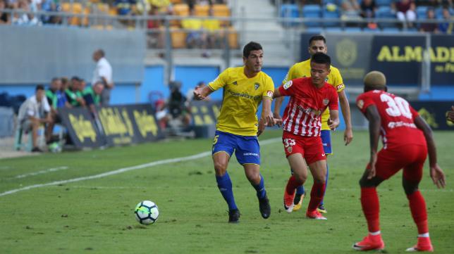 Garrido, durante del Cádiz CF-Almería de la Copa del Rey.