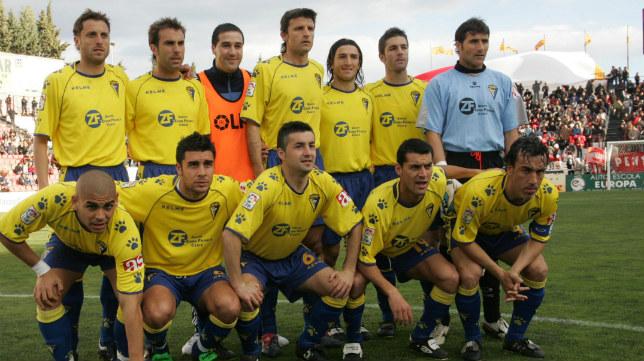 Once que alineó Espárrago ante el Nàstic aquella temporada.