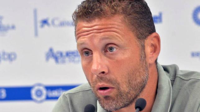 Curro Torres, entrenador del Lorca. Foto: La Verdad.