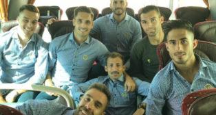 Los futbolistas del Cádiz CF marcharon hacia Oviedo con la ilusión de mantener el liderato.