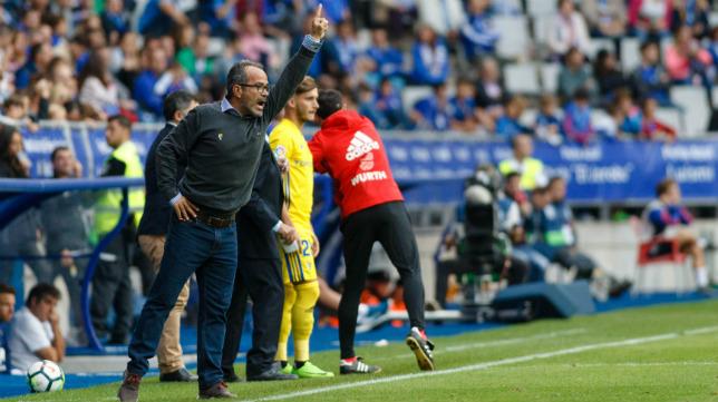 David Toro, que jugó debido al castigo de Barral, en Oviedo hace dos campañas.