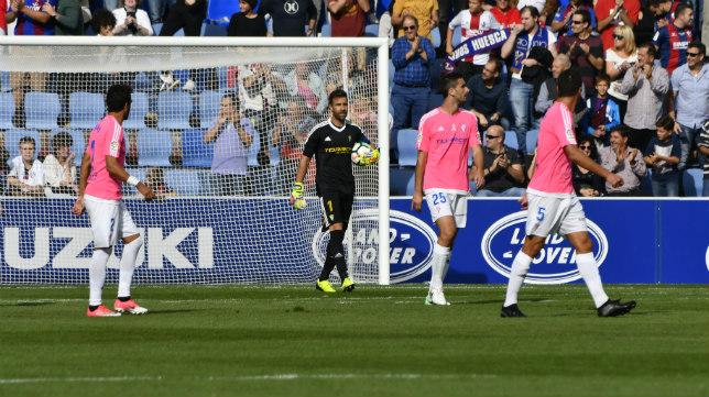 Cifuentes en el partido ante el Huesca