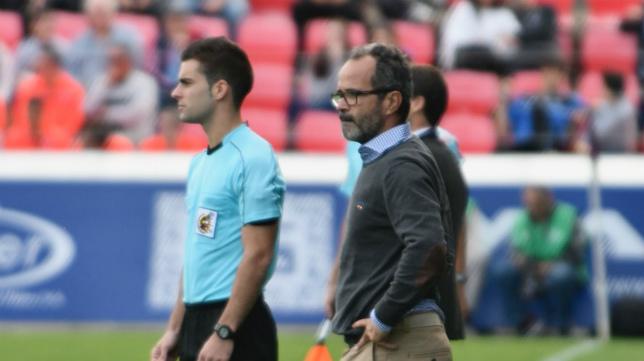 Cervera en el partido ante el Huesca