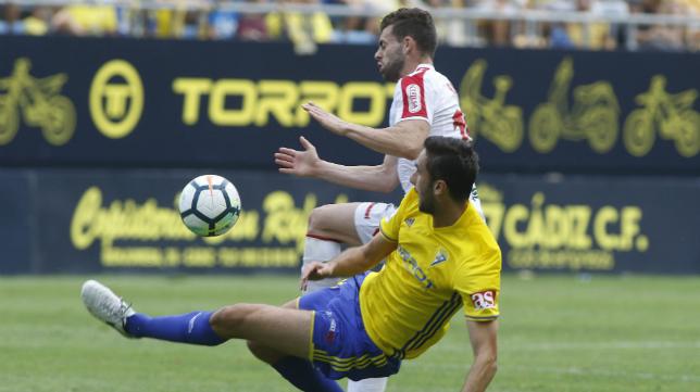 La imagen de Torrot ha entrado con fuerza en Carranza y en Cádiz.