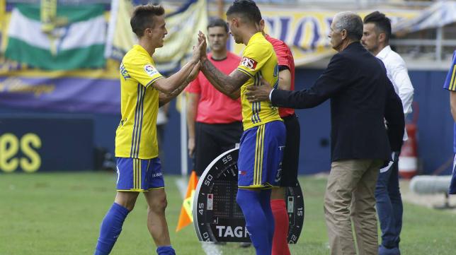 Salvi fue sustituido por Nico Hidalgo en un partido.