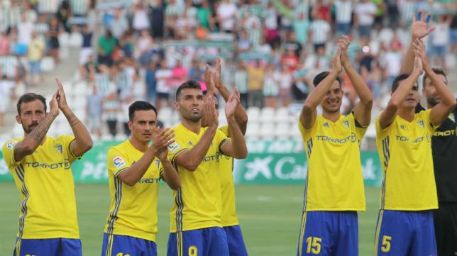 El Cádiz CF comenzó la Liga ganando en el campo del Córdoba.