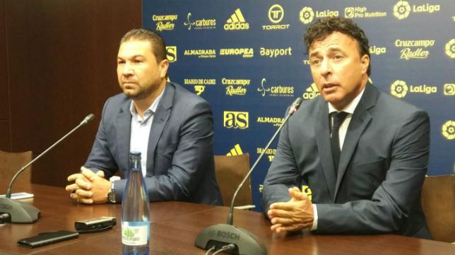 Pina y Cordero, en una rueda de prensa.