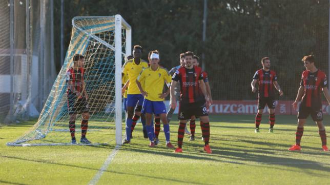 El Cádiz CF B jugará ante el Salerm San Fermín en Puente Genil.