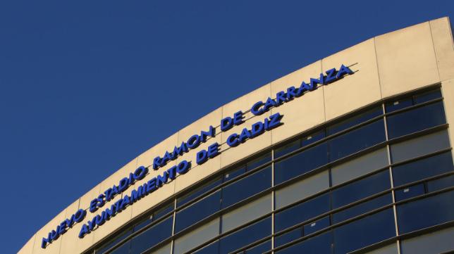 Fachada del Nuevo Estadio Ramón de Carranza.
