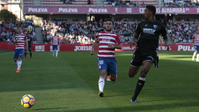 El Granada ha tumbado al líder Huesca, superando al Cádiz CF.
