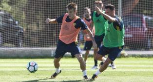 Álvaro y Salvi, las dos balas del Cádiz CF, son el mejor aval de Cervera ante el Reus.