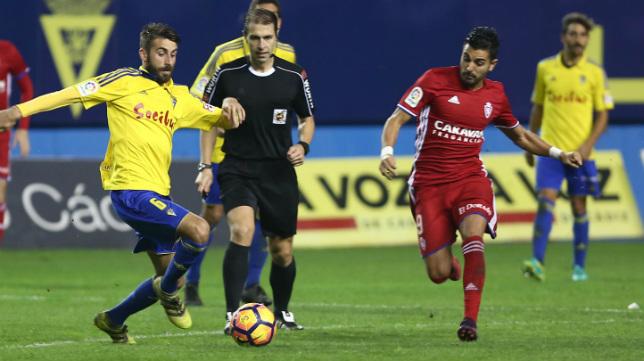 Cordero Cega arbitró el Cádiz CF 3 Zaragoza 0 de la pasada temporada.