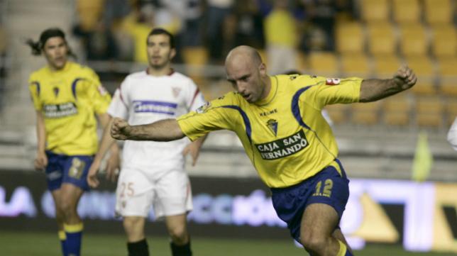 Mirosavljevic y el 'cacique' Medina, goleadores de aquella noche copera.