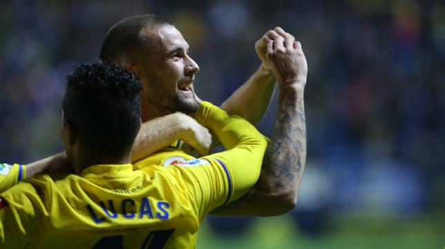 Carrillo celebra su gol ante el Barcelona B
