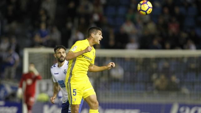 Garrido jugó ante el Tenerife la temporada pasada.