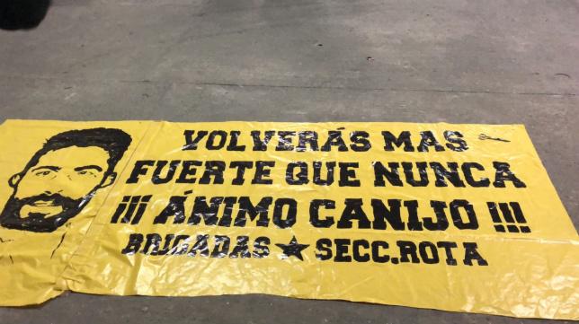 La pancarta de apoyo a José Mari.