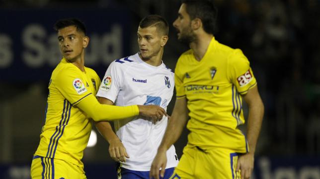 El Cádiz CF dio la talla en Tenerife.