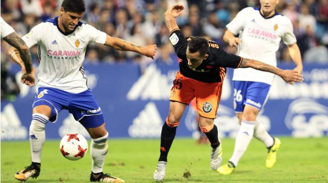 Grippo, en la imagen, en el partido del Zaragoza con el Valencia en Copa del Rey.