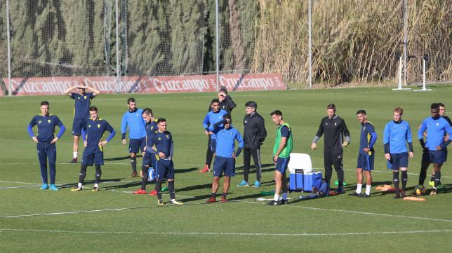 Entrenamiento del Cádiz CF.