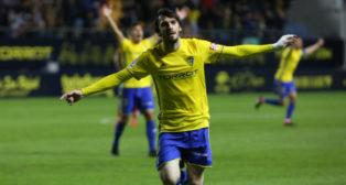 Eugeni se estrenó con un gol de bandera ante el CD Lugo.