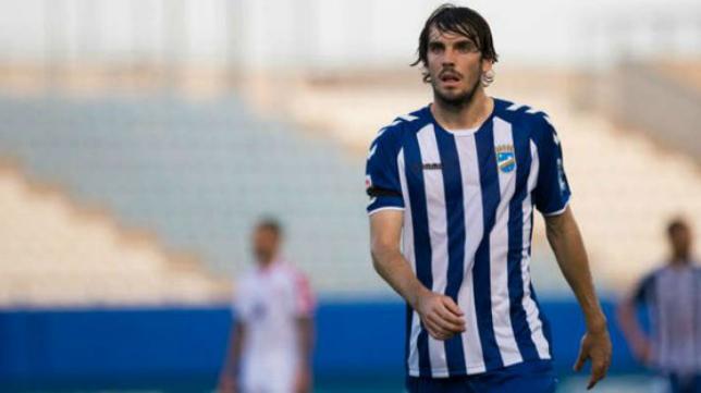 Eugeni Valderrama jugó en el Lorca la primera vuelta liguera.