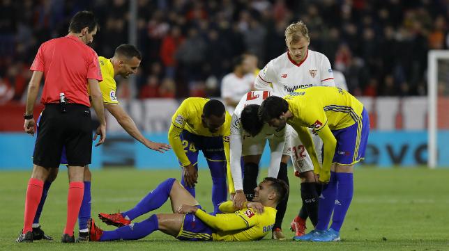 Rober Correa se lesionó ante el Sevilla FC.
