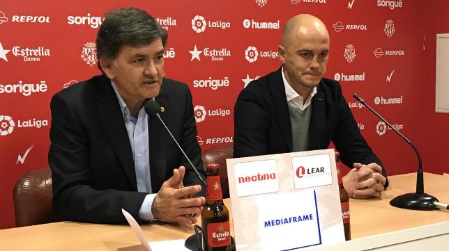 Josep María Andreu, presidente del Nástic, y Nano Rivas, nuevo entrenador grana. Foto: Nástic de Tarragona.