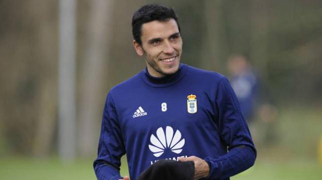 Ramón Folch, centrocampista del Real Oviedo. Foto: El Comercio.