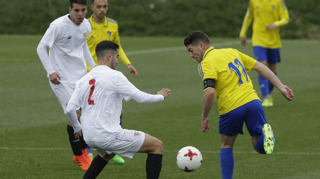 El Cádiz CF B ganó la semana pasada en la capital andaluza al Sevilla C.