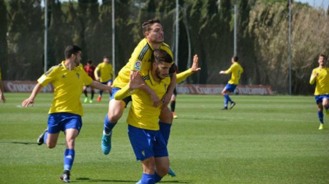 El Cádiz CF B quiere seguir soñando.