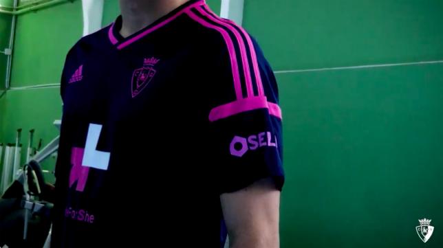 Camiseta especial para el Osasuna-Cádiz CF. Foto: CA Osasuna.