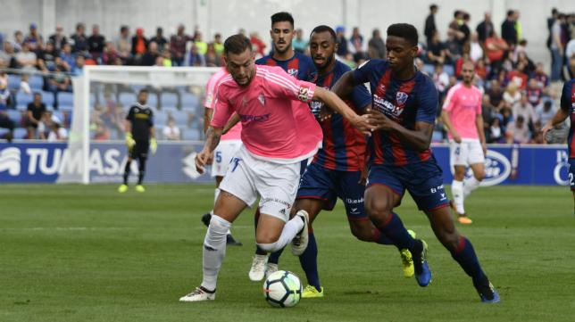 El Huesca vive ahora el momento más delicado de su gran temporada.